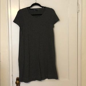 Gap dress with pockets!